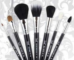sigma-travel-brush-new-york-setFI