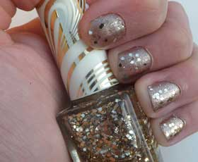 no7-gold-nailsFI